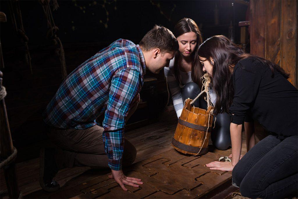 Equipe participant à un escape game